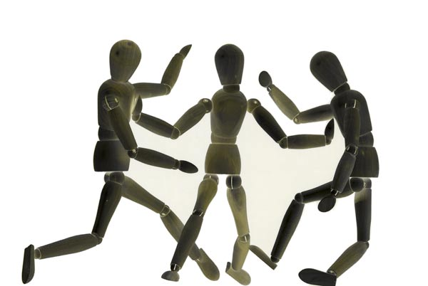 mannequins fighting