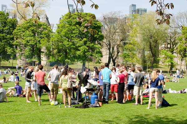 Barbecues On The Meadows in Edinburgh