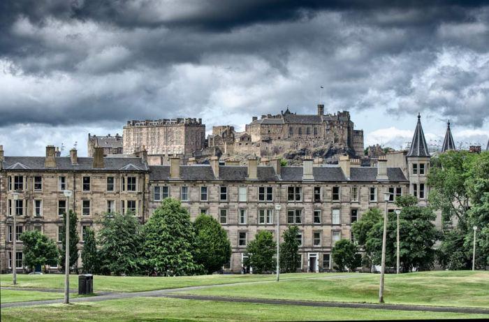 Edinburgh-castle-01