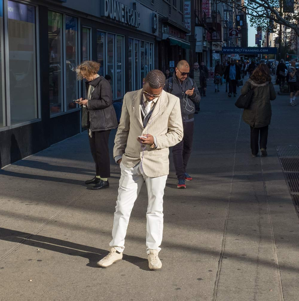 phones-on-the-street