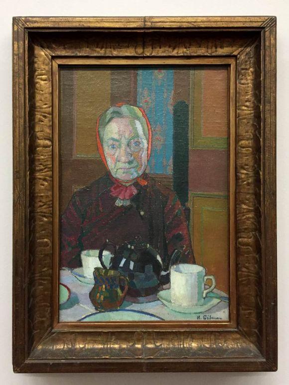 mrs-mounter-at-the-breakfast-table-harold-gilman-1917