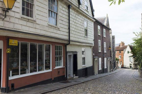 higgledy-piggledy streets in Norwich