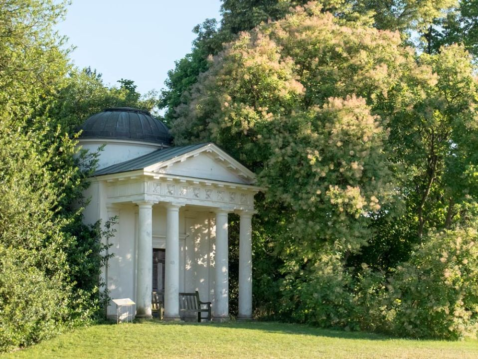 temple-of-bellona-at-Kew-Gardens