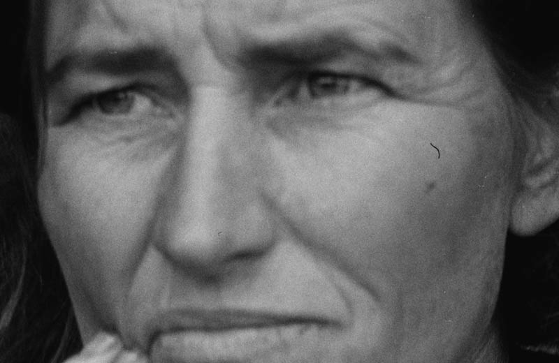 close up of tif file of Dorothea Lange's Migrant Mother photo