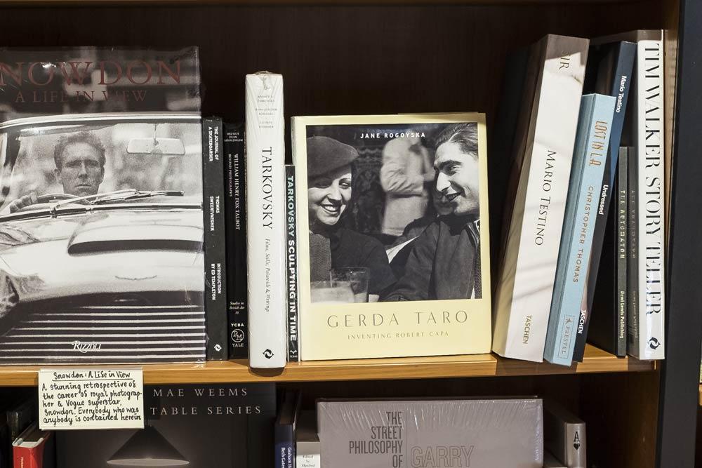 gerda-taro-book-by-jane-rogoyska